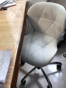 صندلی مطالعه لارا چرم
